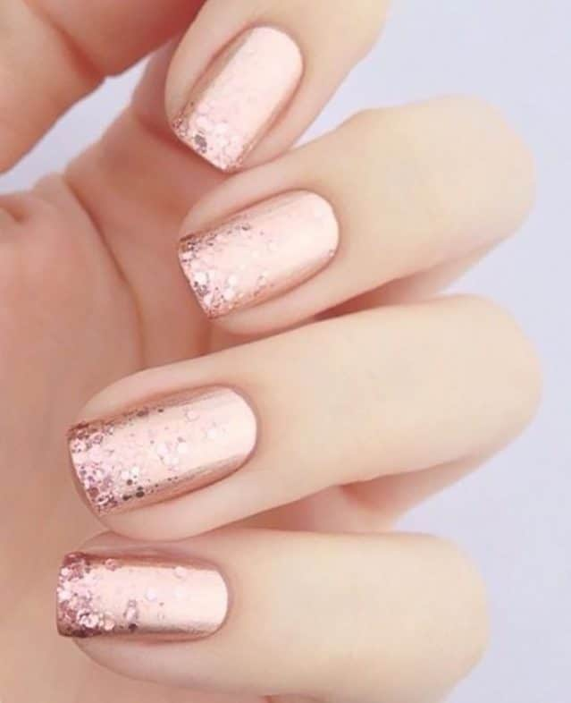 New Beauty Trends - Rosé Metallic Nails with Glitter